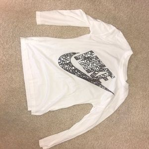 Nike long sleeve shirt for kids